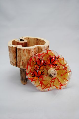 Large Ice Float Box maple leaves 3