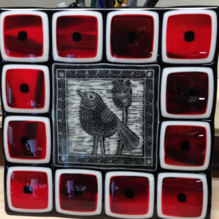 "Red and Black Squares 10"" Bird Plate"